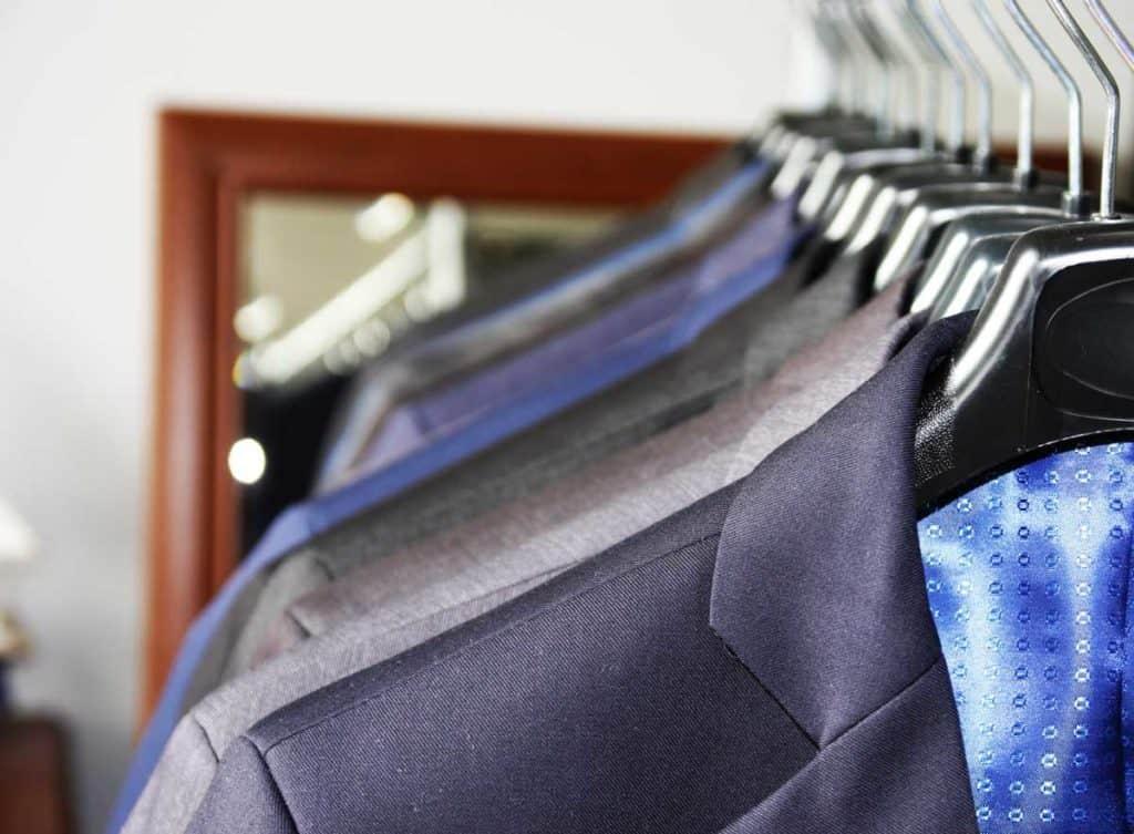tanie garnitury poznań, sklep z garniturami poznań, producent garniturów i marynarek męskich adalbert